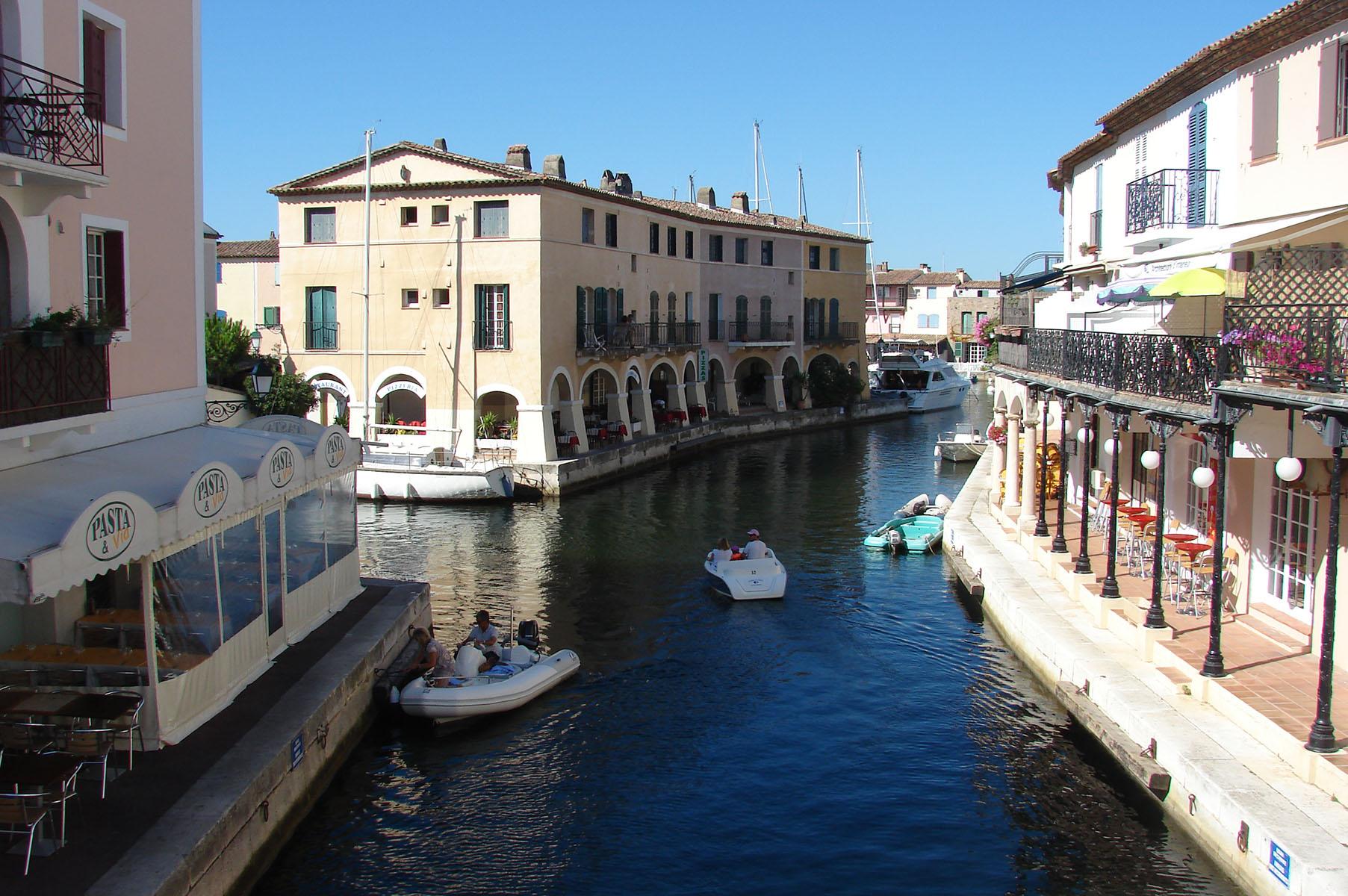 Visite port grimaud la bastide d 39 antoine - Visiter port grimaud ...